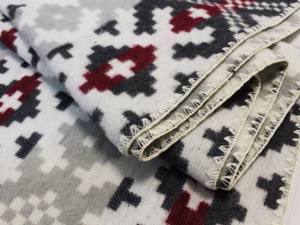 "Фото 6 - Одеяло ""Орнамент"" 1,5 спальное."