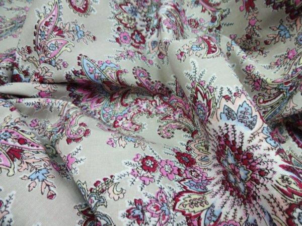 """Фото 5 - Плательная ткань """"Павлин"""" розовая."""