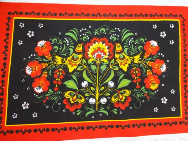 Фото 6 - Ткань льняная  купонная  цветы на  черном.