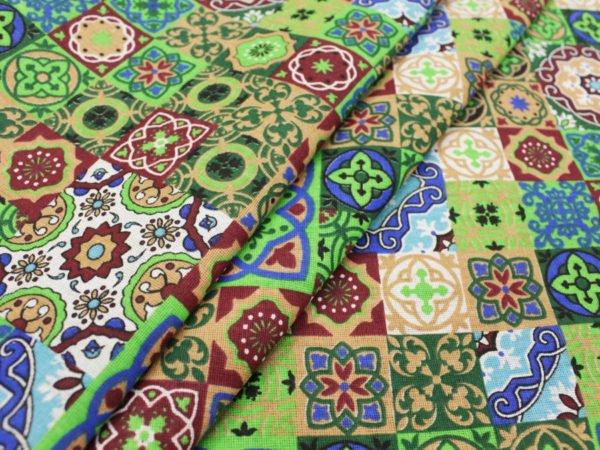 """Фото 3 - Ткань плательная """"Персидские мотивы"""" зеленая."""