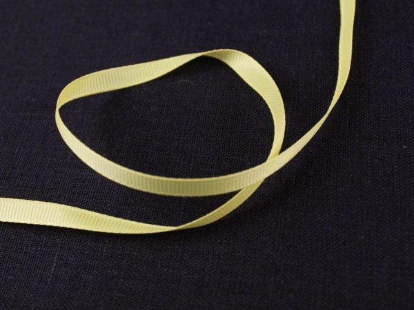 Фото 3 - Лента  репсовая 6 мм  желтый.