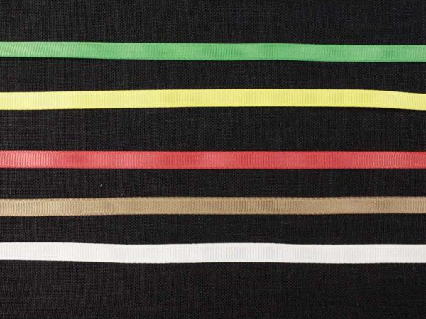 Фото 5 - Лента  репсовая 6 мм  красный.