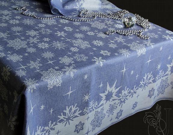"""Фото 3 - Скатерть """"Снежинка"""" голубая жаккардовая п/лен."""
