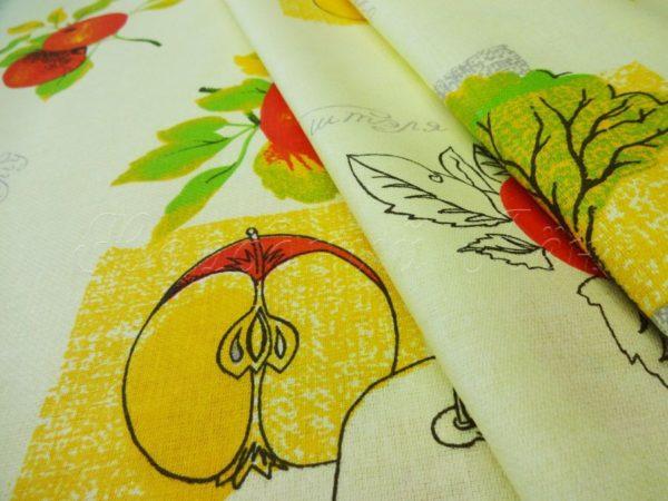 """Фото 3 - Ткань  для  столового белья   набивная """"Яблоки""""."""