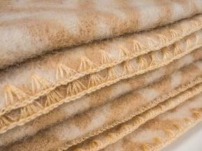 Фото 4 - Одеяло, шерстяное 170*205 жаккард, бежевое.