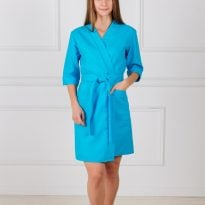 Фото 21 - Женский укороченный вафельный халат с планкой.