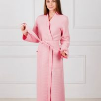 Фото 14 - Женский вафельный халат с планкой.