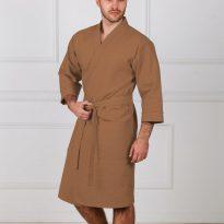 Фото 10 - Мужской укороченный вафельный халат с планкой.
