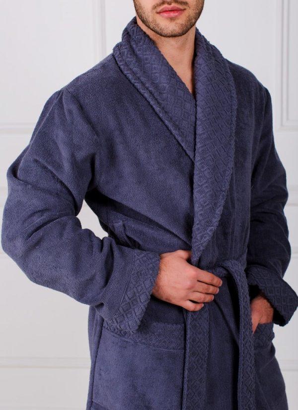 Фото 3 - Мужской махровый халат с жаккардовой отделкой, воротник шалька.