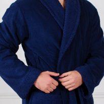 Фото 5 - Мужской махровый халат с жаккардовой отделкой, воротник шалька.