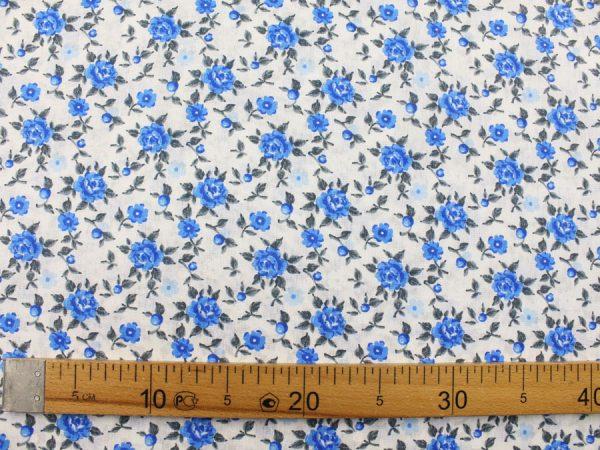 """Фото 7 - Ткань плательная """"голубые  цветы""""."""