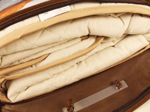 Фото 3 - Одеяло стеганое с льняным наполнитетелем 300г/м.