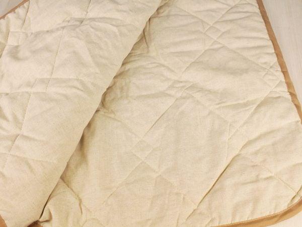Фото 4 - Одеяло стеганое с льняным наполнитетелем 300г/м.