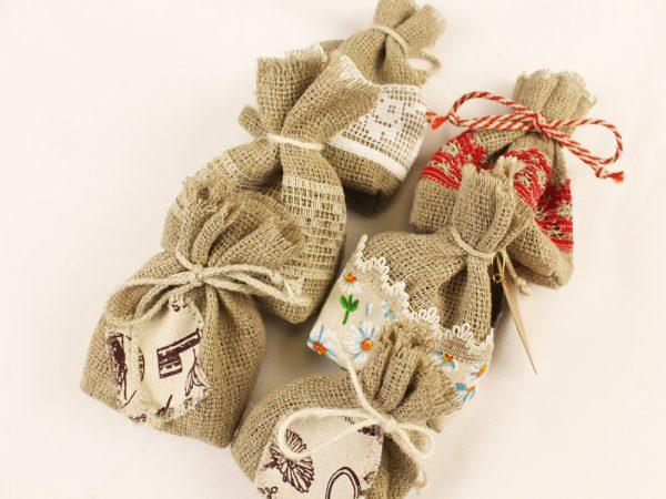 Льняной мешочек декоративный  10*10 см