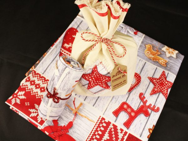 Фото 9 - Скатерть новогодняя в подарочном мешочке.