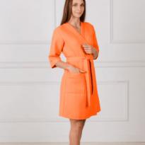 Фото 20 - Женский укороченный вафельный халат с планкой.